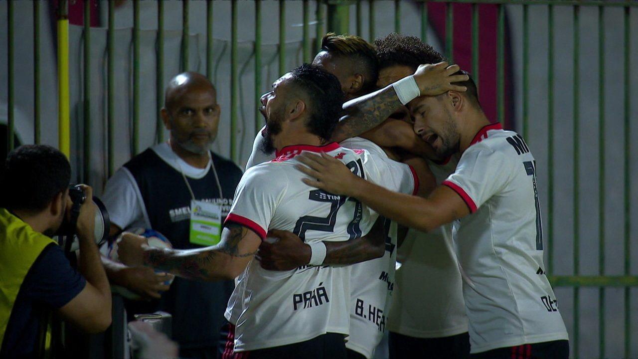 Gol do Flamengo! Bruno Henrique abre o placar aos 4 do 1º tempo