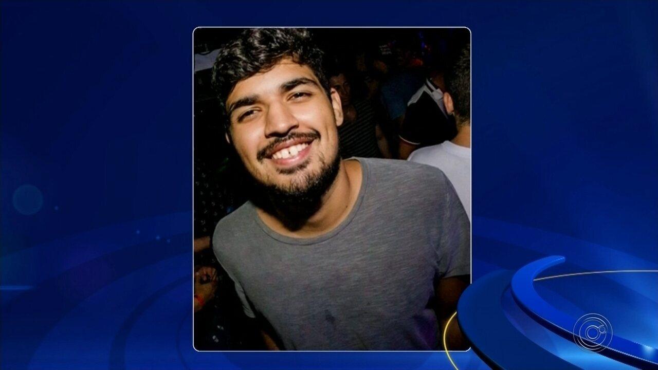 Três jovens de Bauru morrem e um fica ferido em acidente na Rodovia Castello Branco