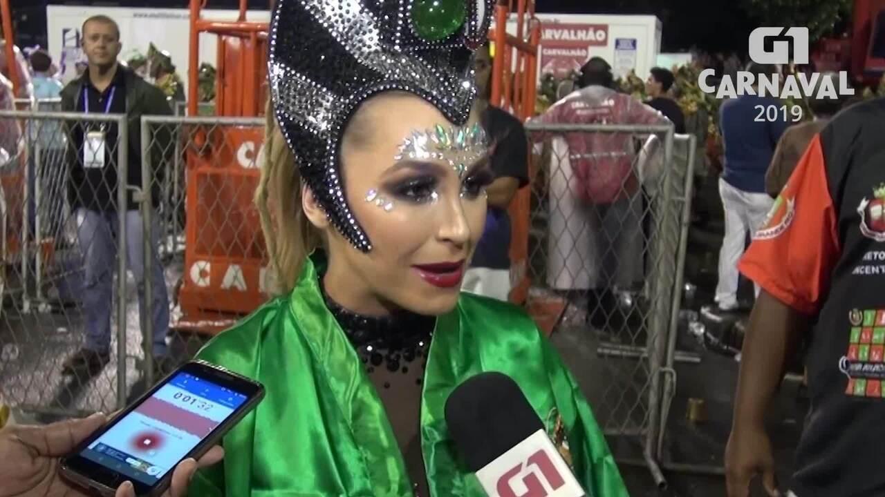 Carla Diaz completa 18 anos de Sapucaí com a Grande Rio