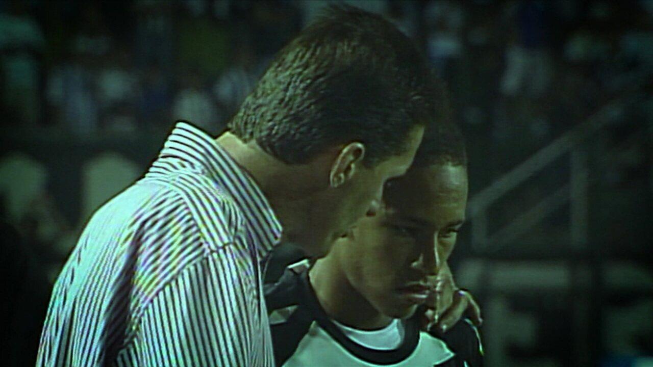Relembre a estreia de Neymar como jogador profissional