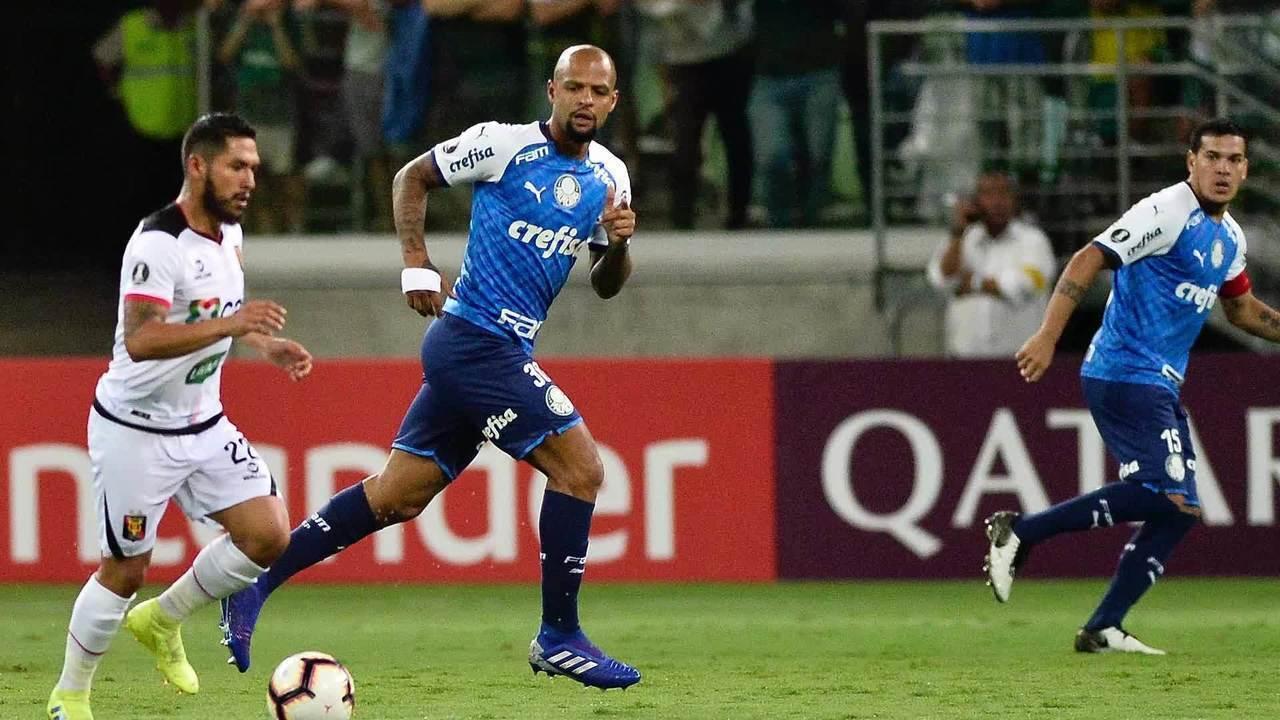 Felipe Melo, do Palmeiras, diz que derrubou jogador do Melgar com a
