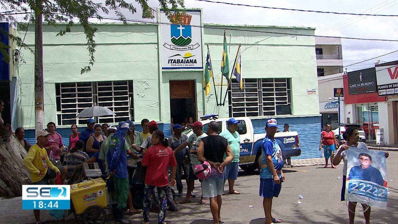 Após decisão judicial, Valmir de Francisquinho reassume prefeitura de Itabaiana