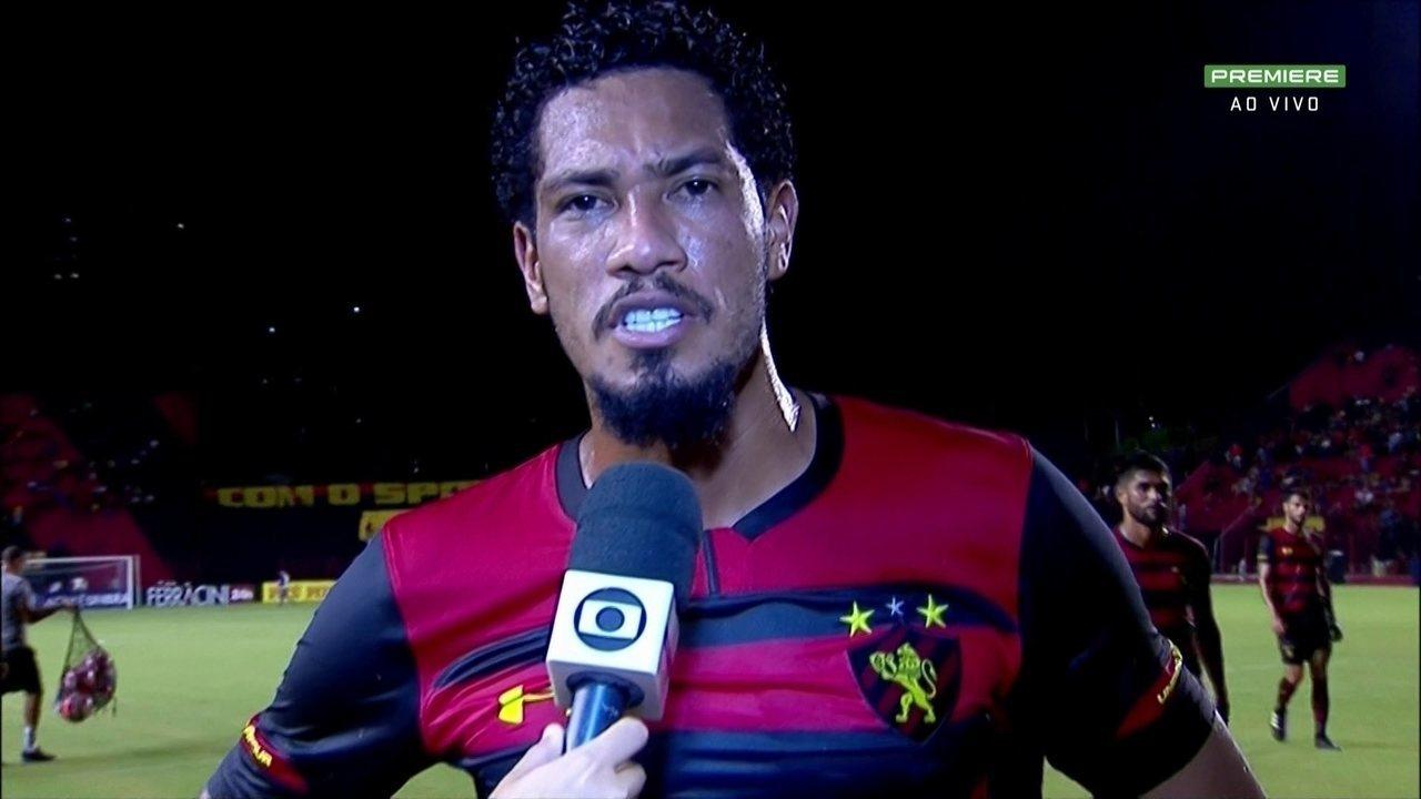 Hernane desabafa contra torcedores após marcar gol no Sport: