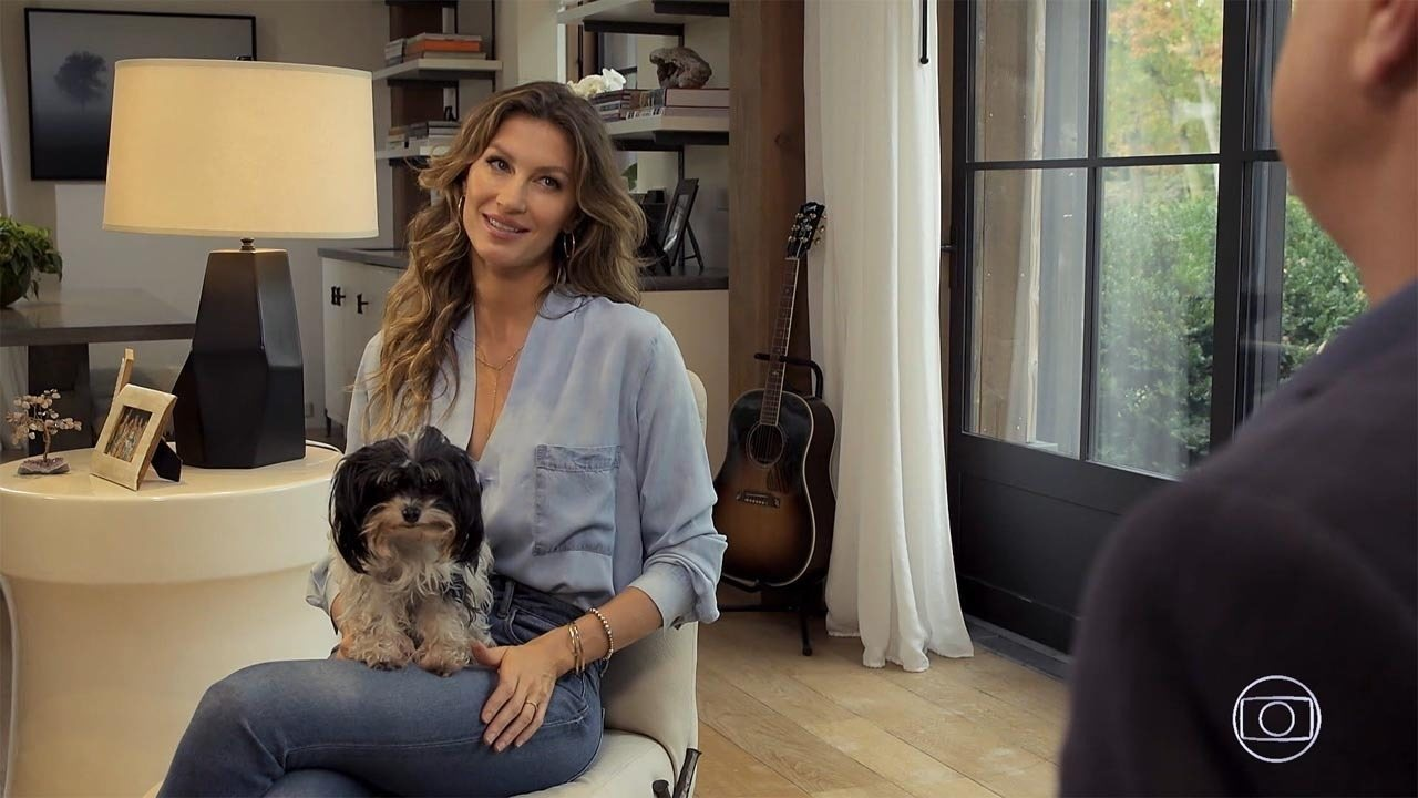 Gisele Bundchen - Brasileira mais conhecida no exterior, a top model fala da autobiografia 'Aprendizados', best-seller desde o lançamento, e se emociona ao relembrar episódios dramáticos da sua vida.