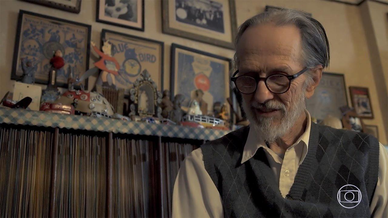 Robert Crumb - O cartunista Robert Crumb se notabilizou por abordar a hipocrisia e a ganância da sociedade americana em suas histórias em quadrinhos, que ganharam status de obra de arte.