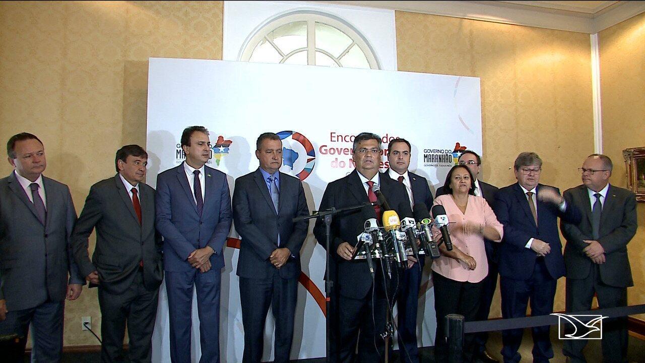 Governadores do Nordeste assinam no Maranhão documento que cria consórcio entre estados
