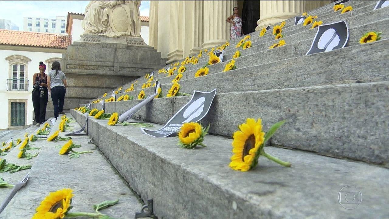 Assassinato de Marielle e Anderson completa um ano com atos no Brasil e no exterior
