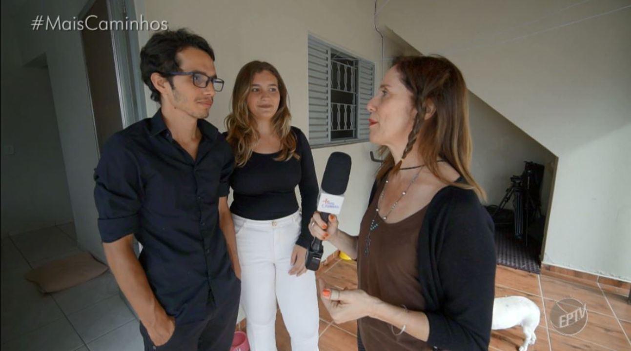 Edlaine Garcia mostra ONG para cães deficientes e idosos