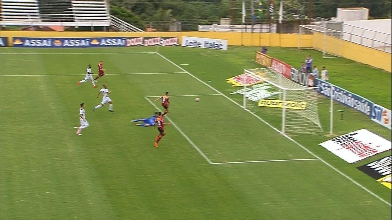 Martinelli marca contra o Bragantino no Campeonato Paulista