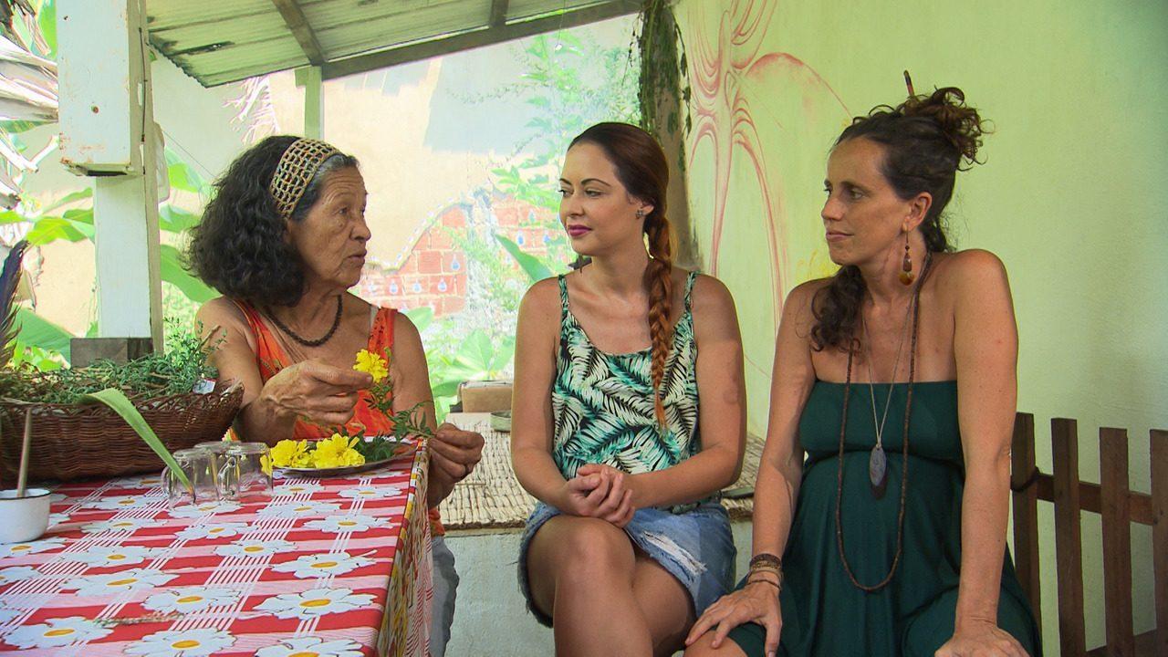 Em Serra Grande, mestre Val explica o poder de cura das plantas