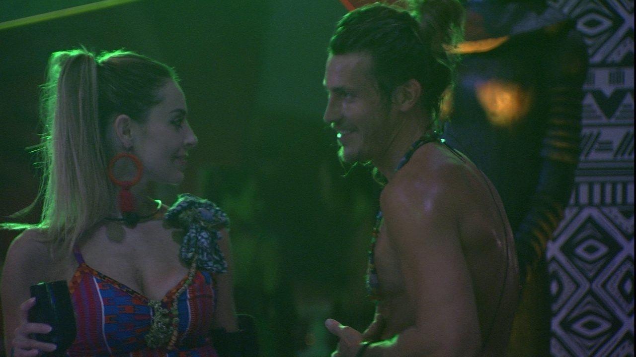 Alberto declara a Paula: 'Princesa'