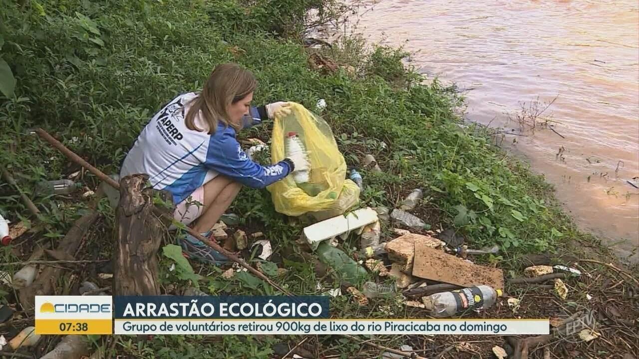 Cerca de 100 voluntários participam de mutirão de limpeza no Rio Piracicaba