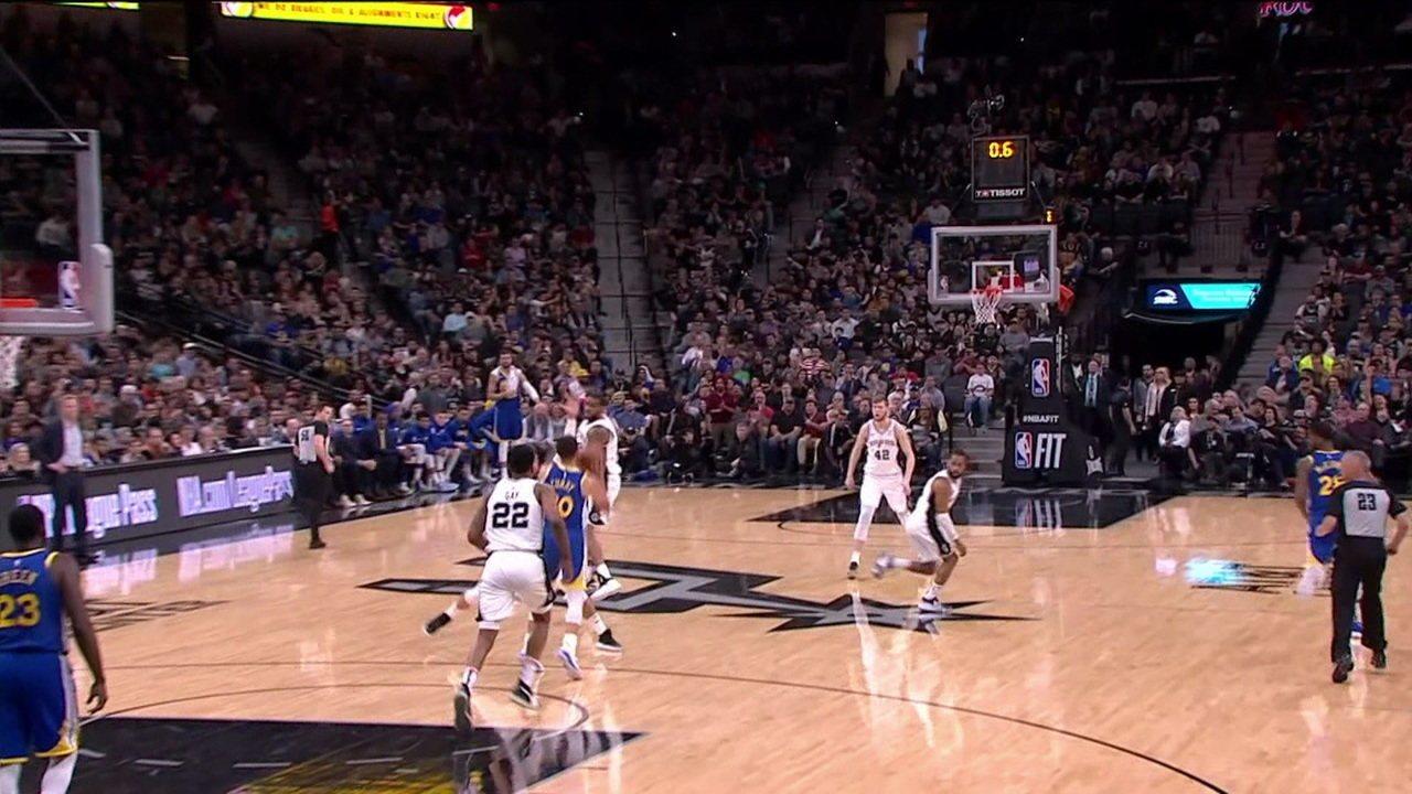 Curry acerta cesta de muito longe, mas Warriors perdem na NBA