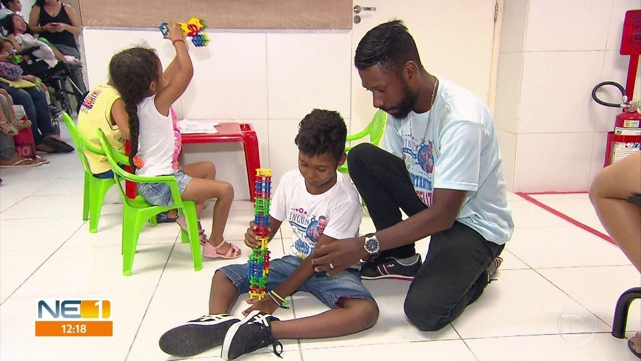 Famílias de crianças com atrofia muscular espinhal lutam por tratamento adequado