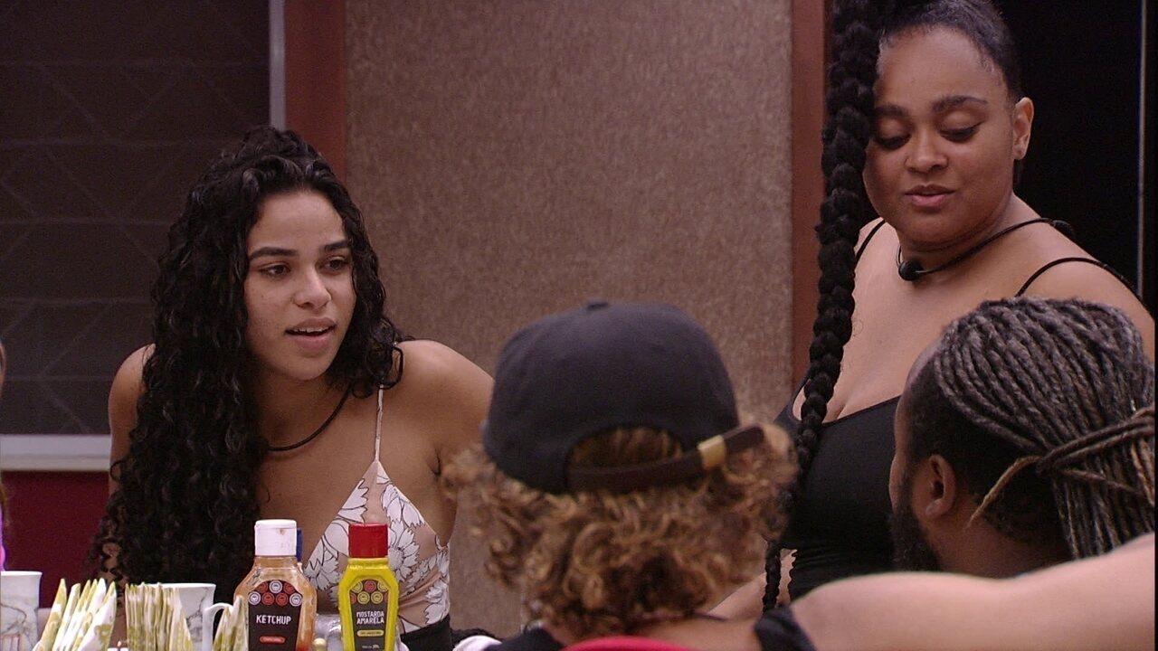 Elana comenta sobre Rízia: 'O Rodrigo está com ciúmes'