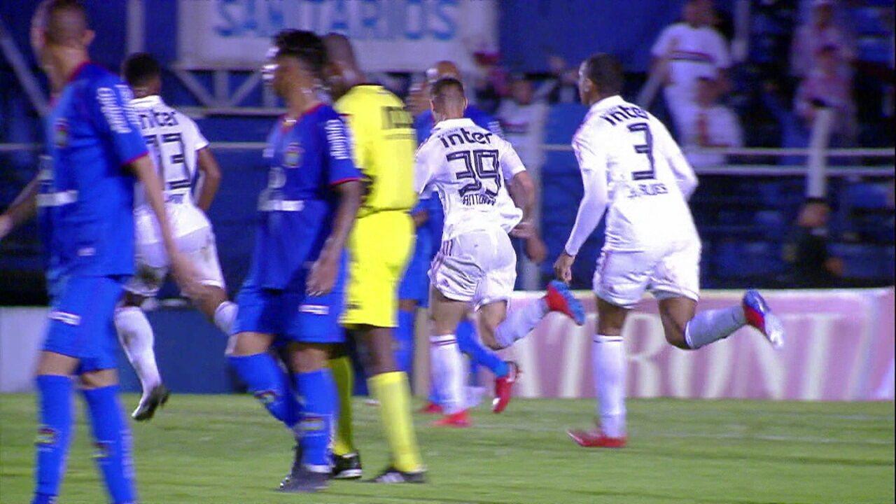 Melhores momentos: São Caetano 1 x 1 São Paulo pela 12ª rodada do Campeonato Paulista 2019