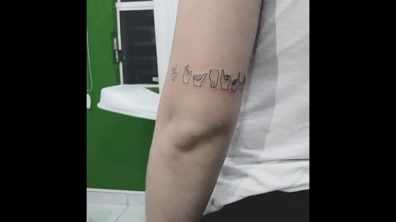 Vídeo Mostra O Resultado Da Tatuagem Te Amo Família De Iara Rodrigues