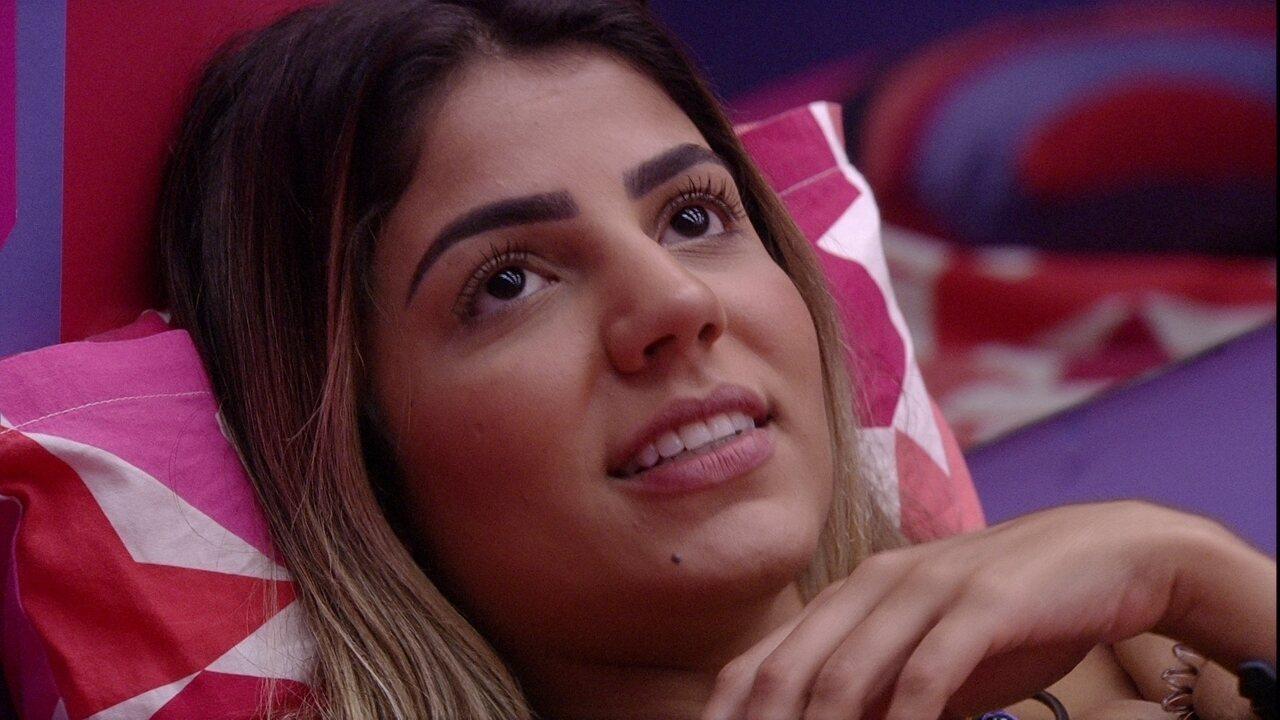 Paula comenta sobre Alberto com Rízia: 'Ele só chegou para 'ferrar' com ela'