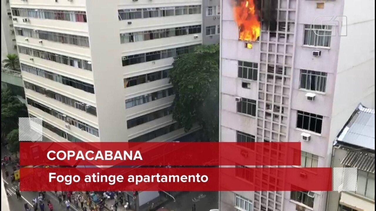 Incêndio atinge prédio na rua Hilário de Gouveia, em Copacabana