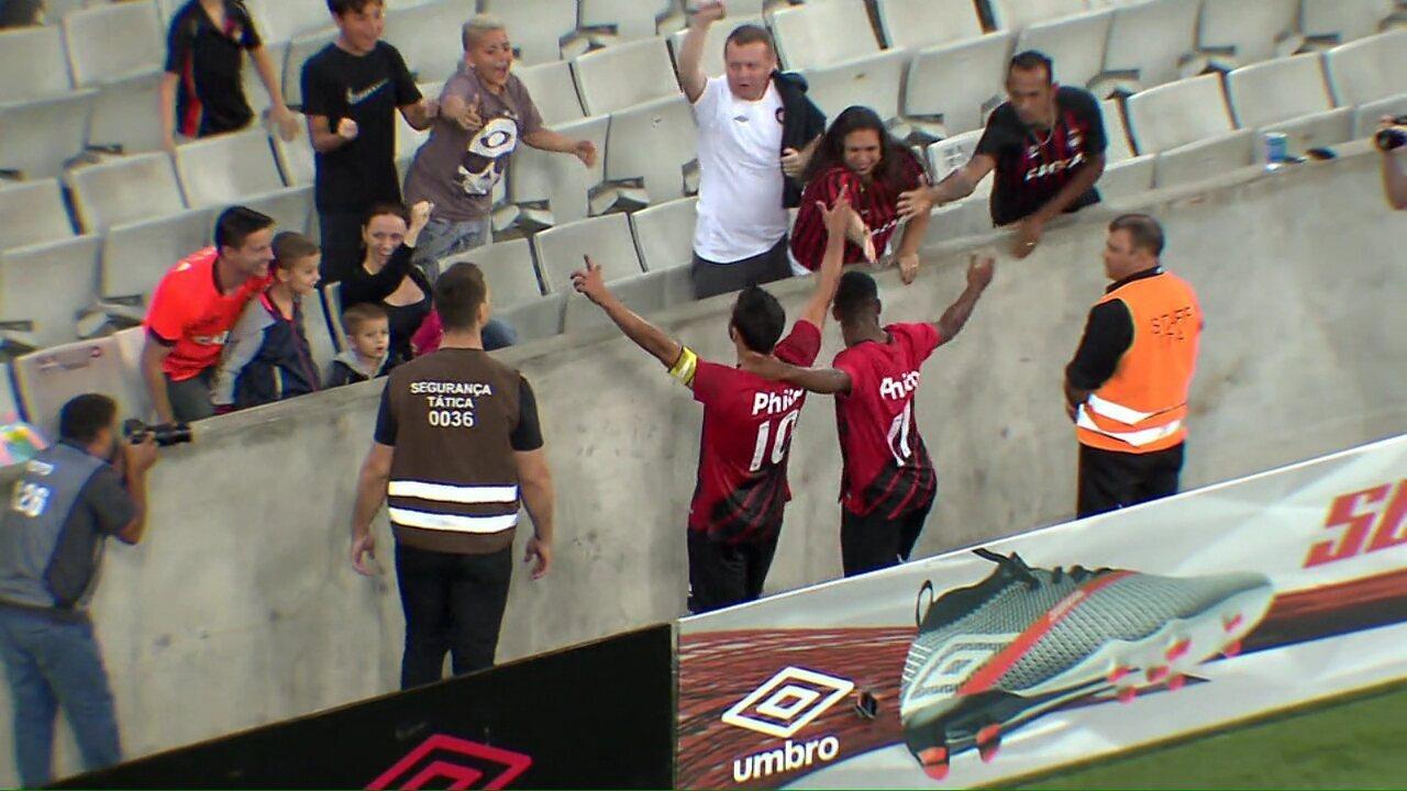 Melhores momentos de Athletico 2x1 Foz do Iguaçu, pelo Paranaense