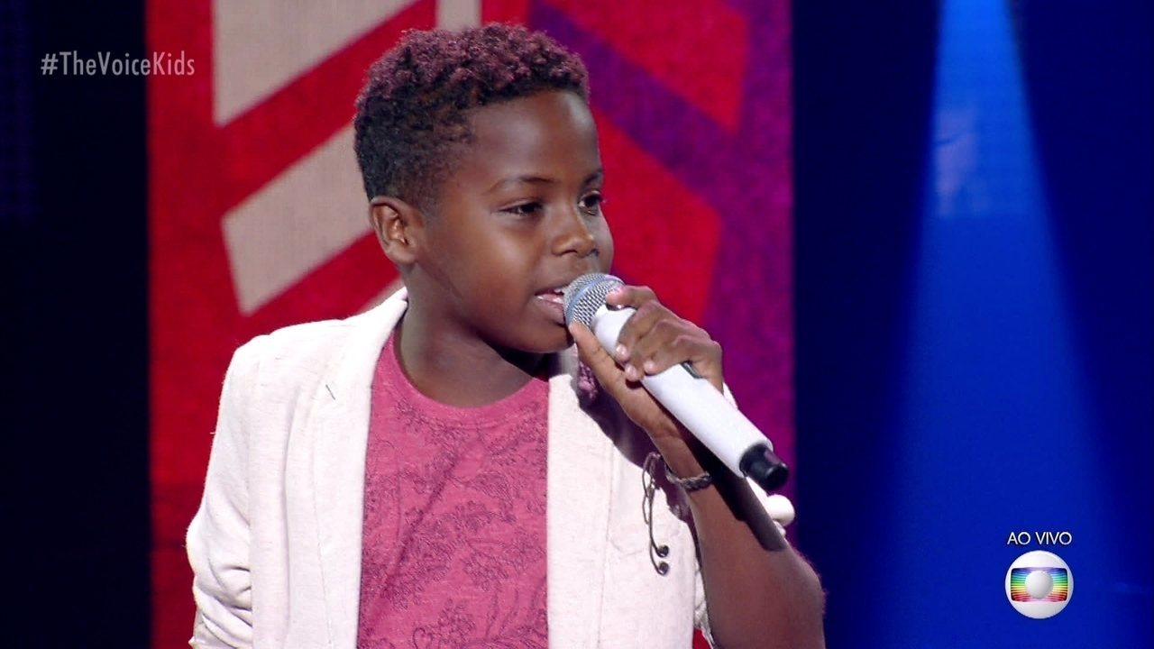 Jeremias Reis canta 'Apenas Mais Uma de Amor' e se classifica para a semifinal do 'The Voice Kids'