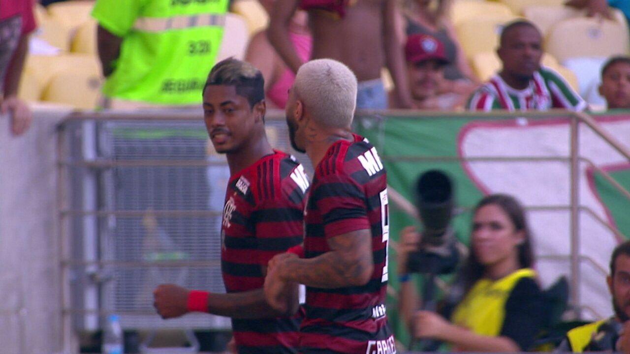Gol do Flamengo! Pará cruza na área e Bruno Henrique marca, aos 13 do 1º tempo