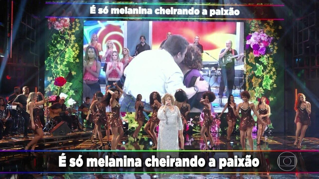 Alcione levanta a plateia do Domingão com seus grandes sucessos