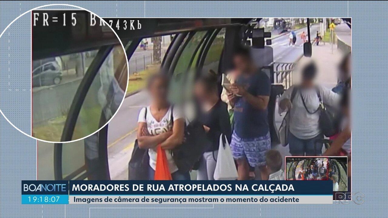 Câmera de segurança registra momento em que motorista atropela dois moradores de rua