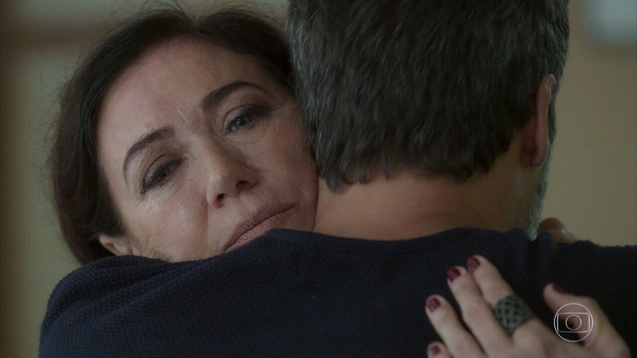 Gabriel (Bruno Gagliasso) e Valentina (Lilia Cabral) se reconciliaram em conversa cheia de emoção