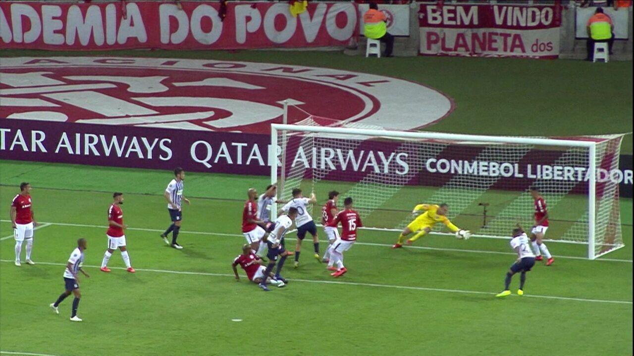 Marcelo Lomba elege defesa contra o Alianza Lima como a mais difícil pelo Inter