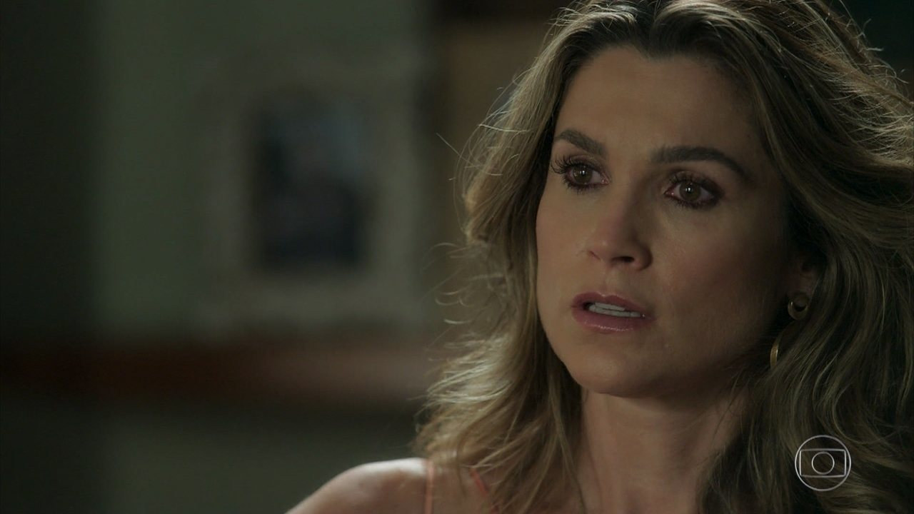 Rita de Cássia cai no tapa com Mirtes para defender Machado