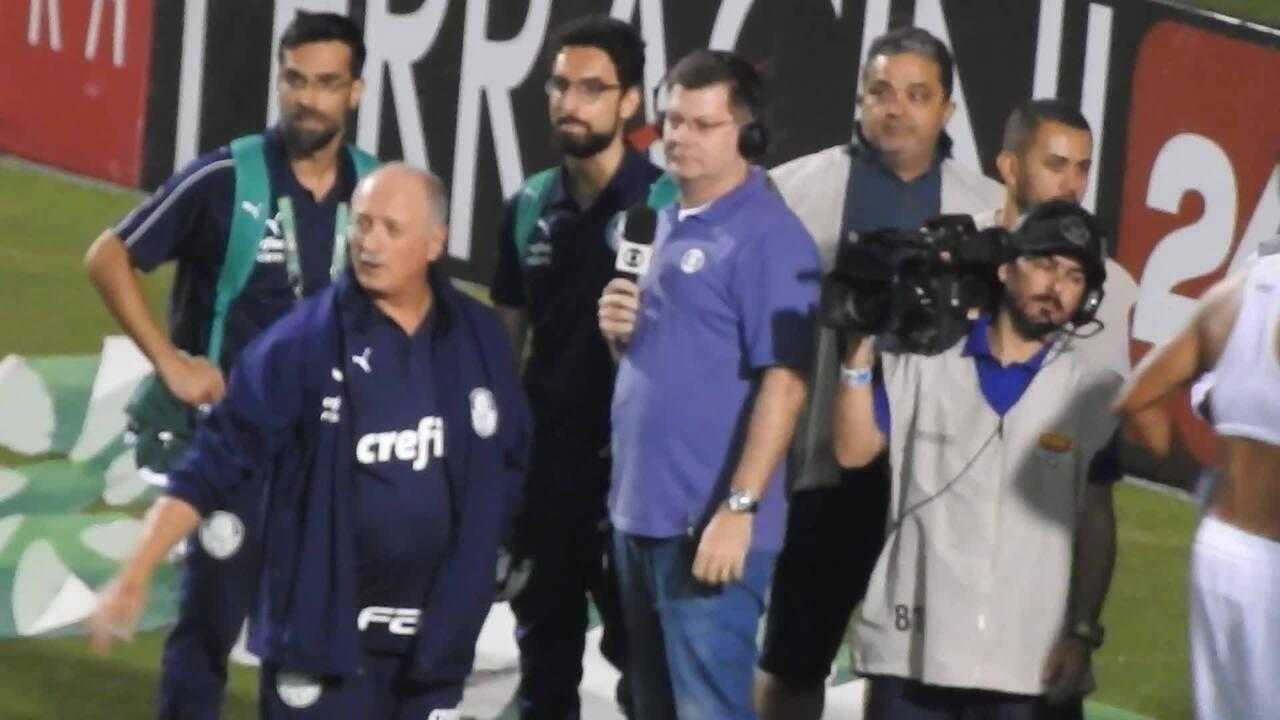 Felipão impede jogadores de dar entrevista após a vitória contra o Novorizontino