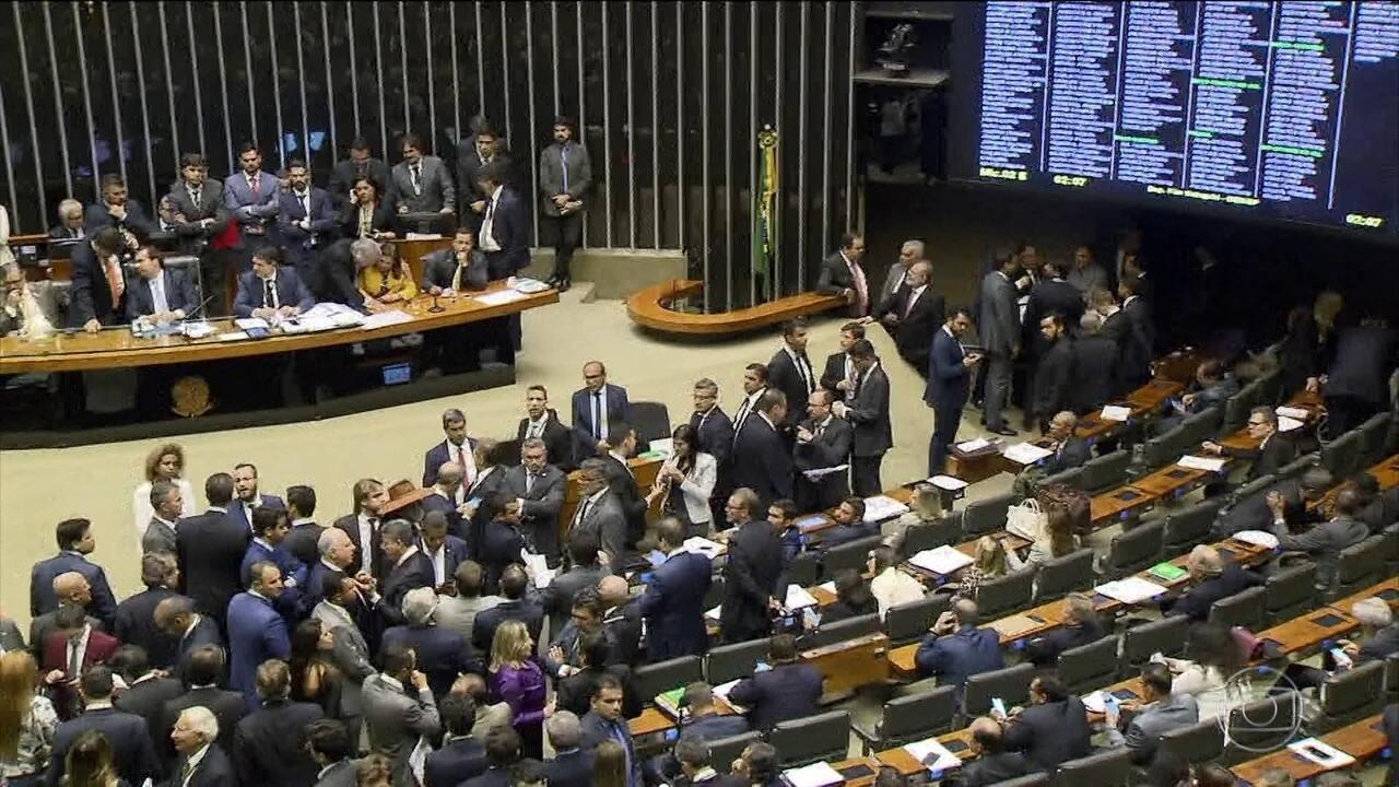 Câmara aprova emenda que obriga governo a executar investimentos previstos no orçamento