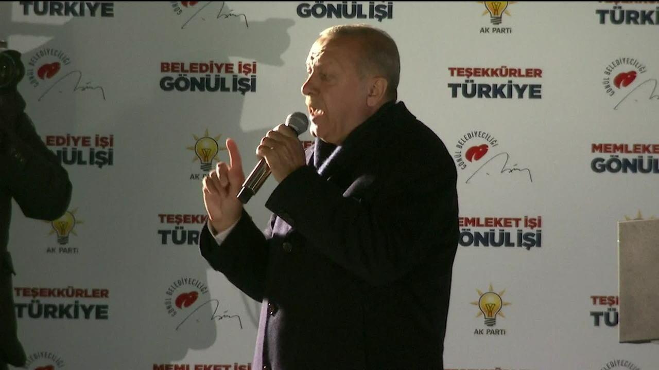 Presidente da Turquia reconhece derrota de seu partido na eleição para prefeito de Ancara