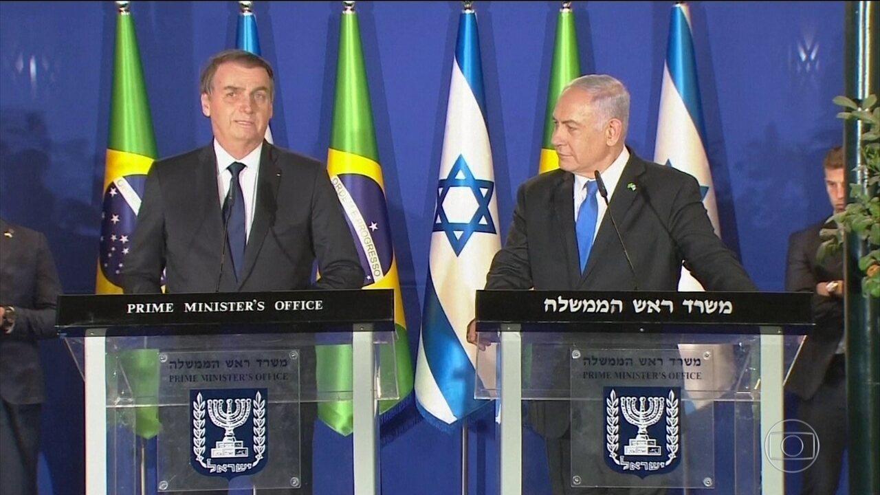 Benjamin Netanyahu acompanha Jair Bolsonaro em visita ao Muro das Lamentações