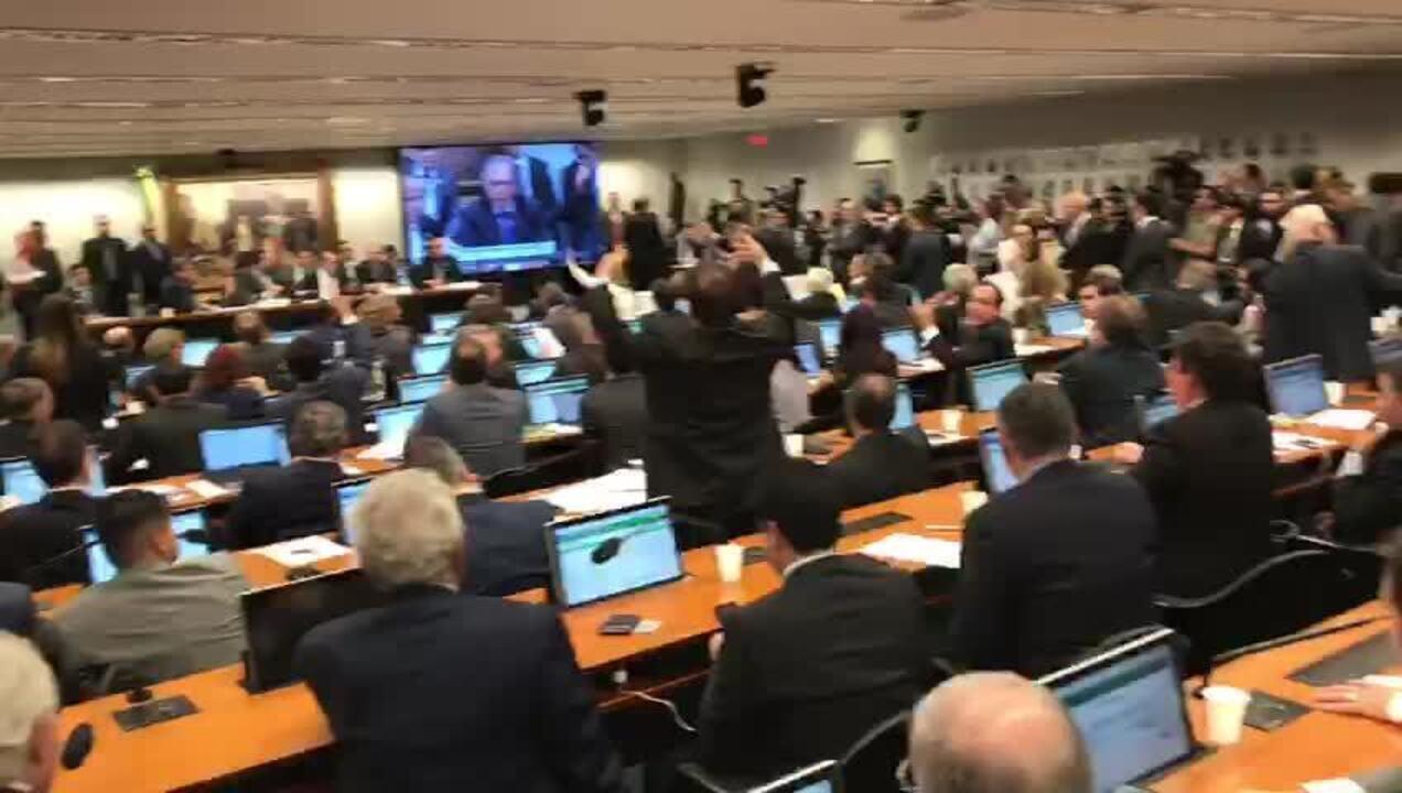 Ministro Paulo Guedes fala na CCJ da Câmara sobre reforma da Previdência
