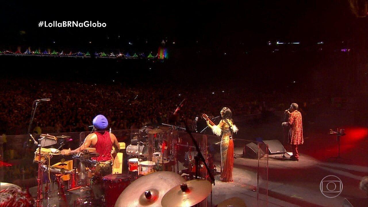 Tribalistas encerram turnê no palco do Lolla