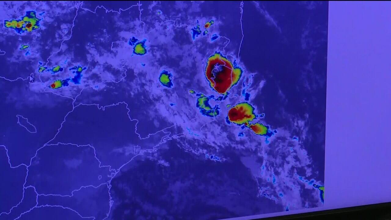 Aumento da temperatura da água do mar contribui para chuva extrema no Rio