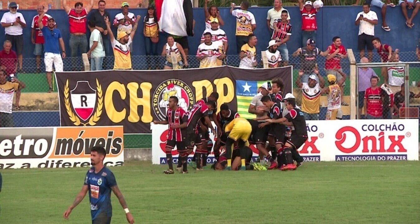 Os gols de Altos 2 x 3 River-PI pelo jogo de ida da final do Piauiense