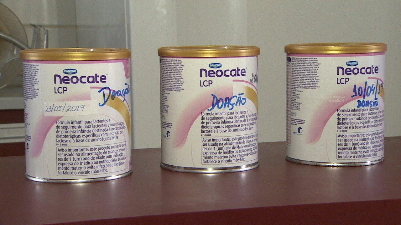 Fornecido pelo estado, mães reclamam de falta de leite especial em Taubaté