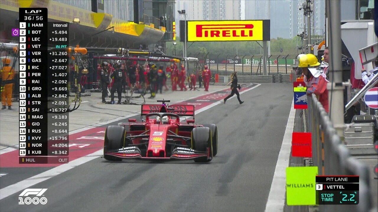 Mais um pit stop de Vettel