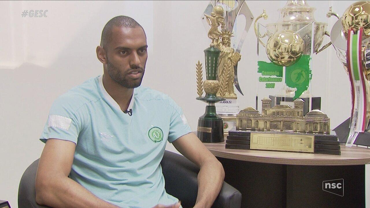 Douglas quer colocar nome na história da Chape com título do Catarinense