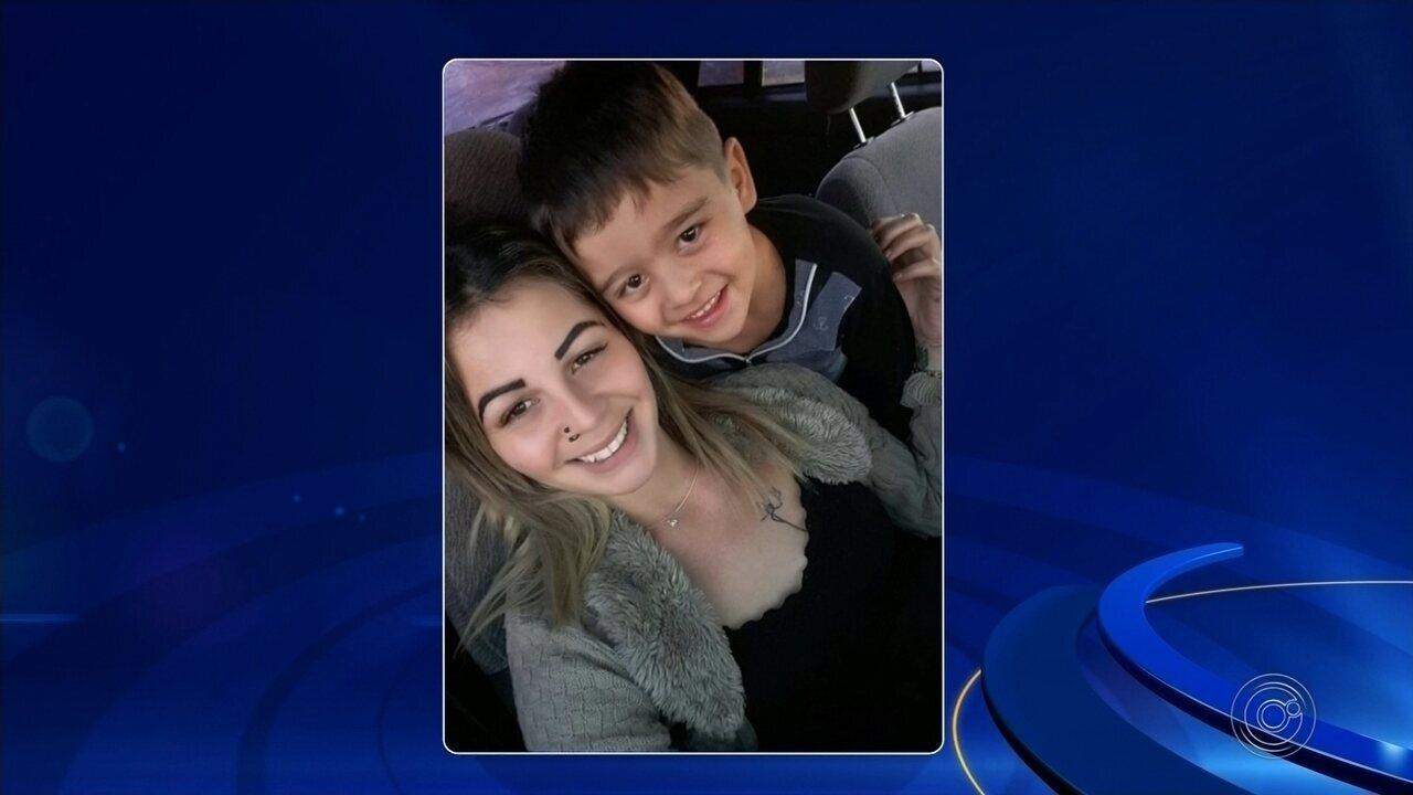 Enterrada grávida que tentou salvar filho de afogamento em represa; criança também morreu