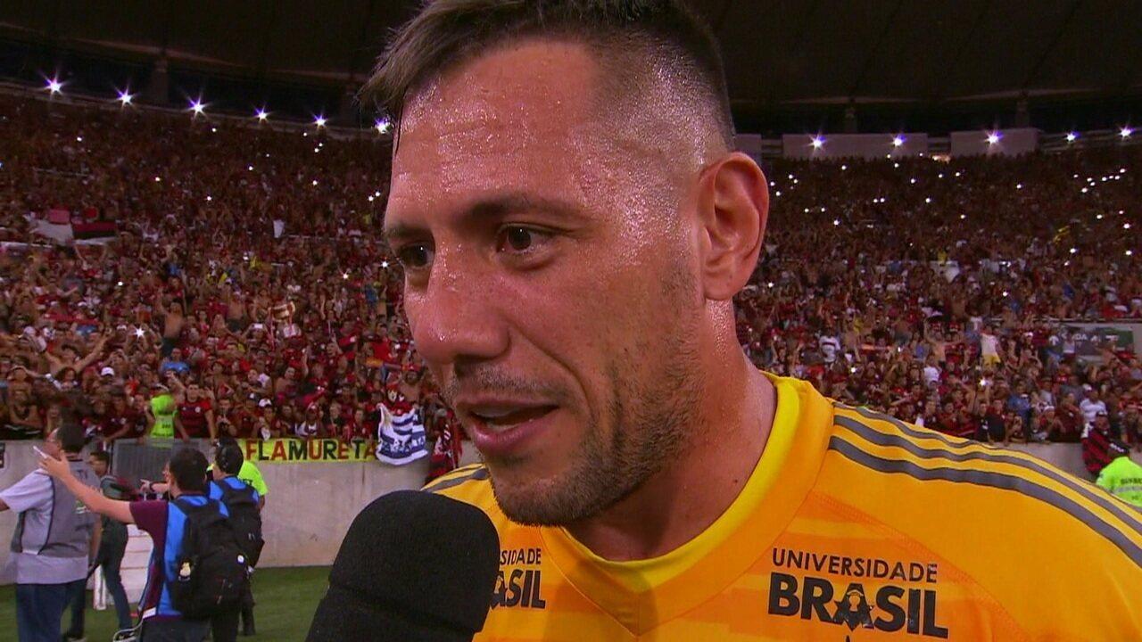 """""""É o primeiro de muitos"""", diz Diego Alves após o título do Flamengo"""