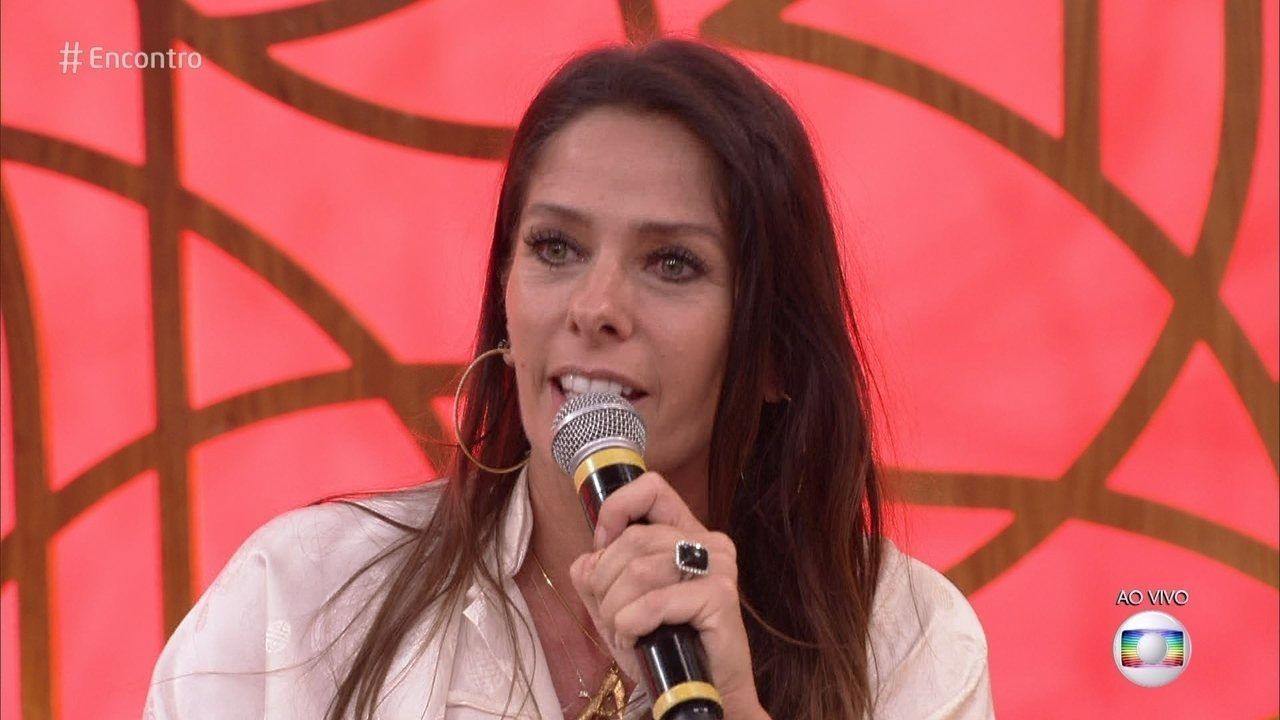 Adriane Galisteu começou a trabalhar ainda criança
