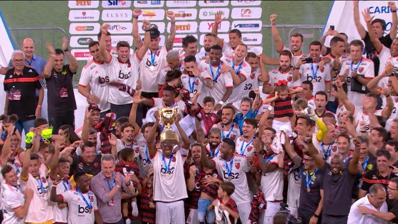 Comentaristas analisam a campanha e o título do Flamengo
