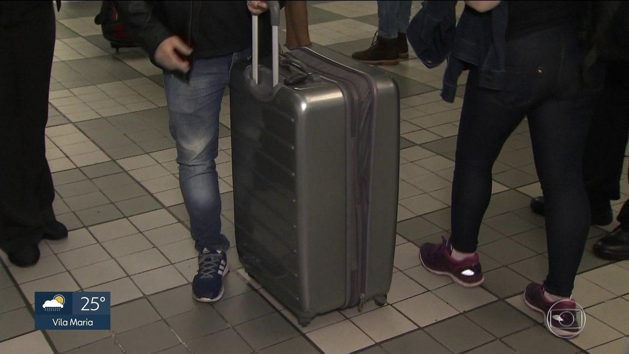 Companhias aéreas começam a fiscalizar malas de mão