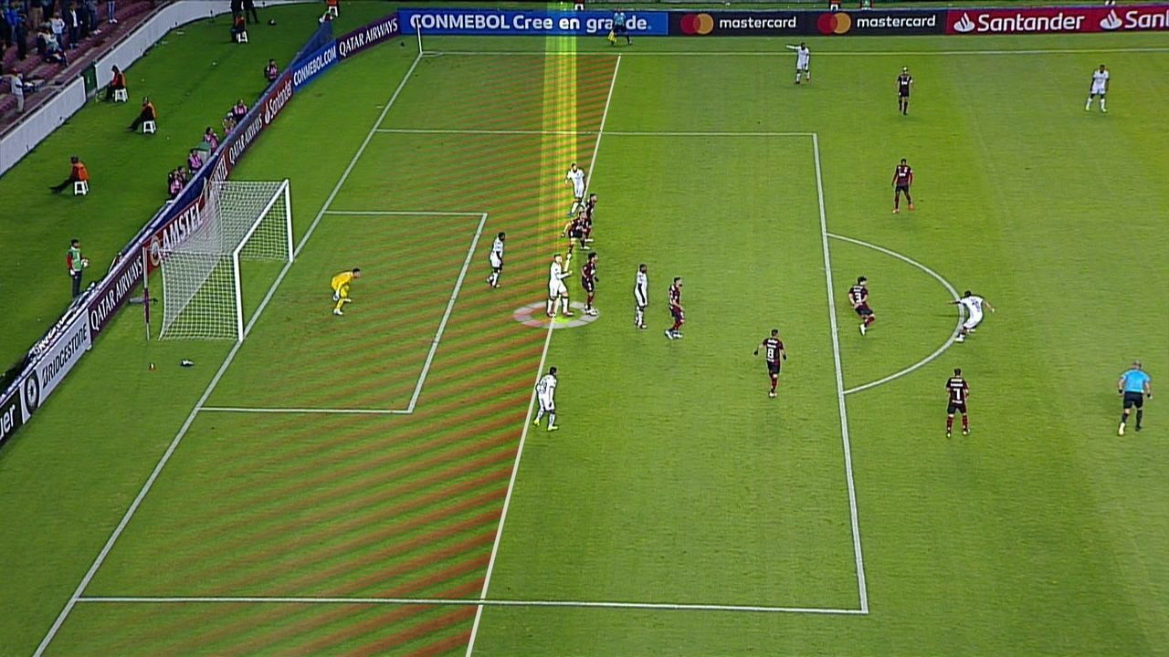 Central do Apito: Sandro Meira Ricci diz que segundo gol da LDU foi irregular