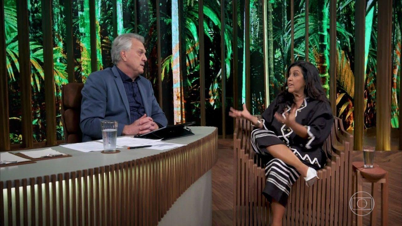 Regina Casé comenta a polarização em que o mundo se encontra