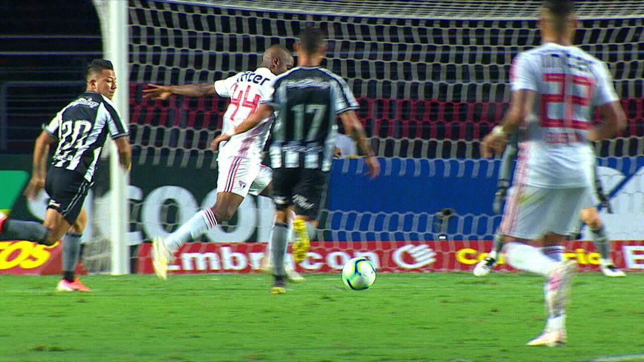 Melhores momentos: São Paulo 2 x 0 Botafogo pela 1ª rodada do Brasileirão
